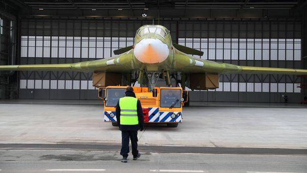 Zkušební model bombardéru Tu-160M2 v Kazani - Sputnik Česká republika