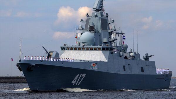 Fregata Admiral Gorškov v Kronštadtu - Sputnik Česká republika