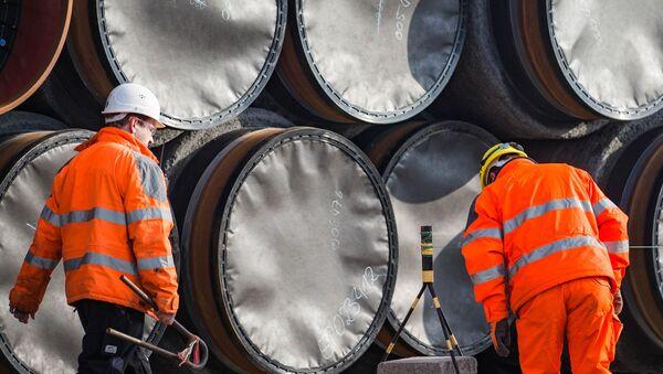 Sklad potrubí pro Severní proud 2 v Německu - Sputnik Česká republika