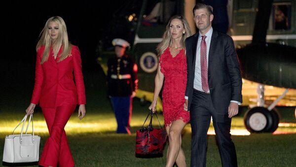 Eric Trump s chotí Larou a sestrou Ivankou - Sputnik Česká republika