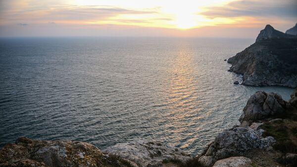 Černé moře v okolí Balaklavy, Krym - Sputnik Česká republika