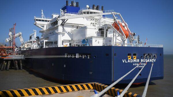 Tanker se zkapalněným plynem z Ruska Vladimir Rusanov. Ilustrační foto - Sputnik Česká republika