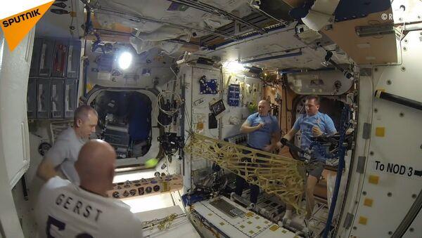Tenis na palubě ISS - Sputnik Česká republika