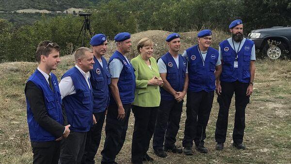 Německá kancléřka Angela Merkelová na hranici mezi Gruzií a Jižní Osetií - Sputnik Česká republika