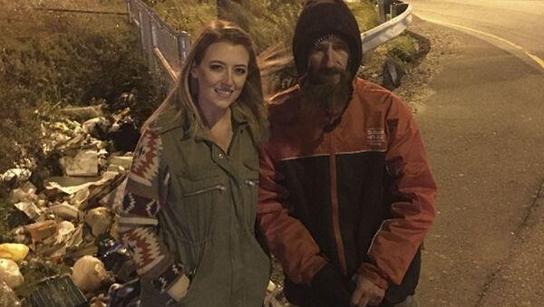 Američanka Kate McClureová a bezdomovec Johnny Bobbitt - Sputnik Česká republika