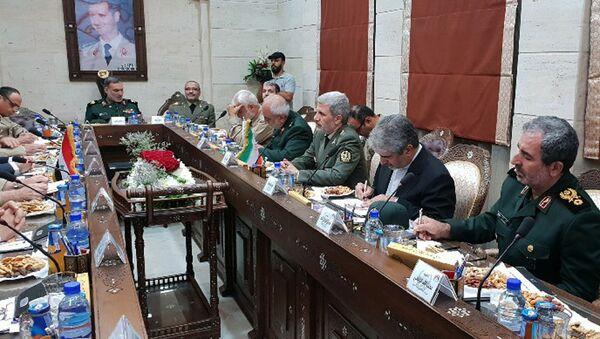 Íránský ministr obrany Amir Khatami během návštěvy Sýrie - Sputnik Česká republika