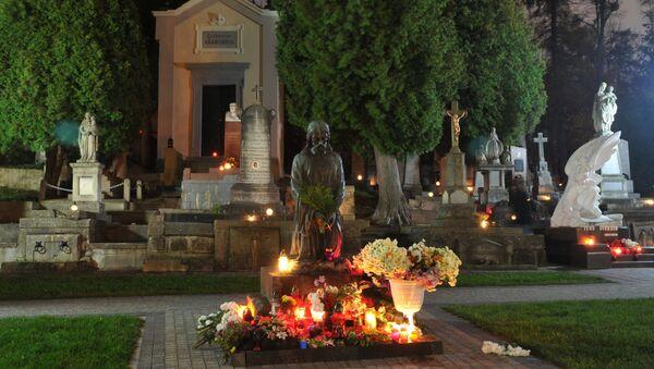 Hřbitov ve Lvově - Sputnik Česká republika