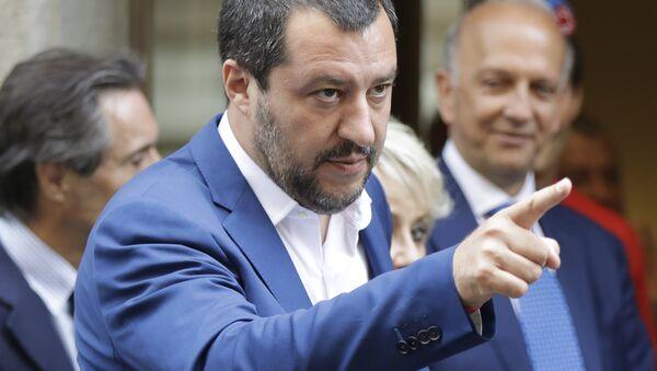 Místopředseda italské vlády a vůdce strany Liga Severu Matteo Salvini - Sputnik Česká republika
