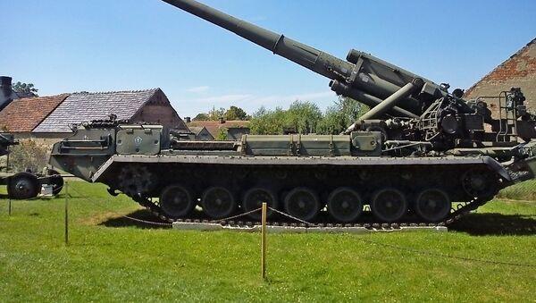 Sovětské samohybné dělo 2S7 Pion - Sputnik Česká republika