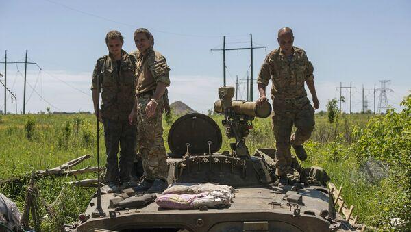 Příslušníci ukrajinské armády u Horlivky - Sputnik Česká republika