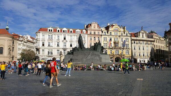 Памятник Яну Гусу на Староместской площади в Праге, Чехия  - Sputnik Česká republika
