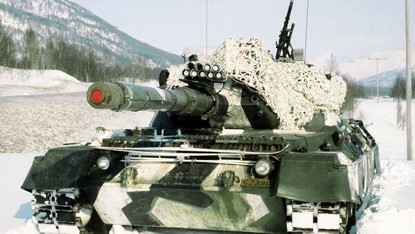Tank Leopard na cvičeních v Norsku. Ilustrační foto - Sputnik Česká republika