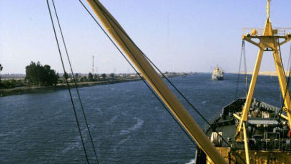 Suezský průplav spojující Středozemní a Rudé moře - Sputnik Česká republika