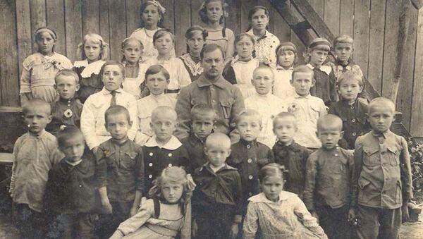 Česká škola, 1914 - Sputnik Česká republika