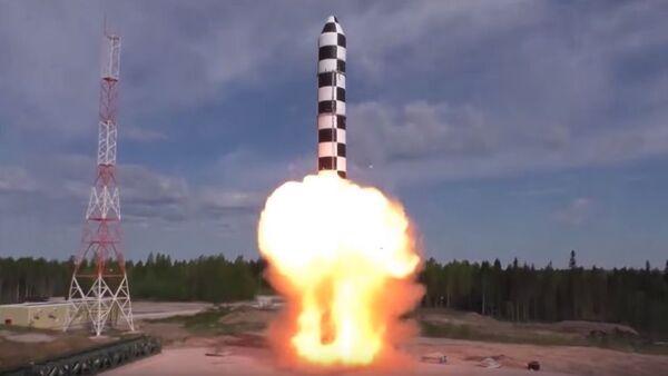 Cvičný start nové mezikontinentální balistické rakety Sarmat - Sputnik Česká republika