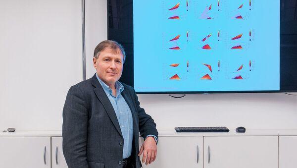 Igor Abrikosov, vedoucí laboratoře modelování a vývoje nových materiálů - Sputnik Česká republika