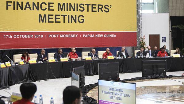 Schůzka ministrů financí během summitu APEC 2018 - Sputnik Česká republika
