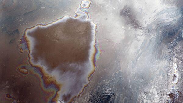 Únik ropy v Novgorodské oblasti. Ilustrační foto - Sputnik Česká republika