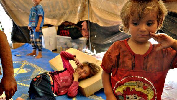 Vysídlené syrské děti - Sputnik Česká republika