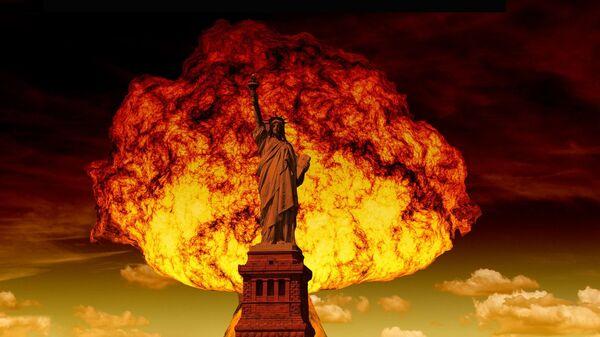 Socha Svobody na pozadí jaderného výbuchu. Ilustrační foto - Sputnik Česká republika