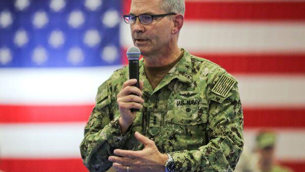 Velitel 5. flotily vojenského loďstva USA Scott Stearney - Sputnik Česká republika