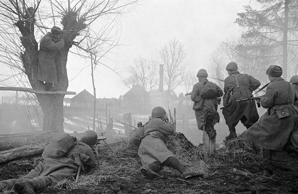 Vojáci Rudé armády během bitvy u Moskvy. - Sputnik Česká republika