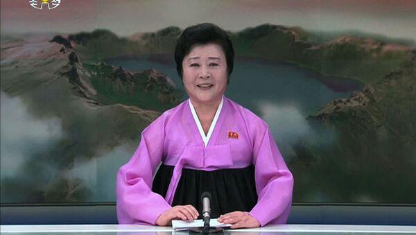 Televizní moderátorka KLDR Ri Chun Hee - Sputnik Česká republika