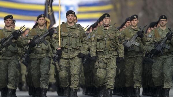 Přehlídka bezpečnostních sil Kosova při příležitosti desátého výročí nezávislosti (dne 18. února 2018, Pruština). - Sputnik Česká republika