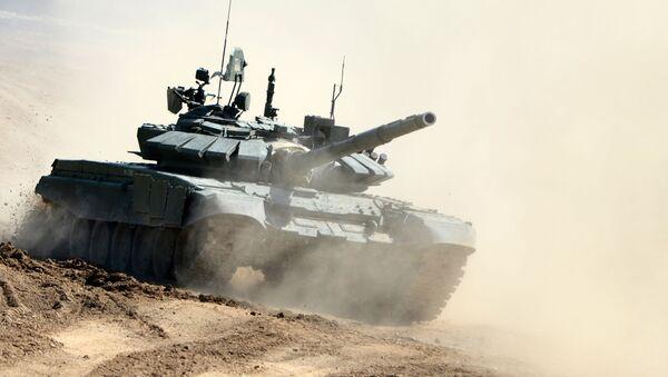 Ruský tank T-72B3 - Sputnik Česká republika