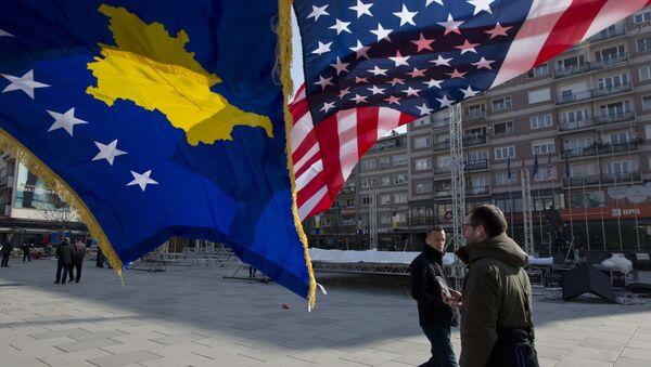 Vlajky Kosova a USA v Prištině - Sputnik Česká republika