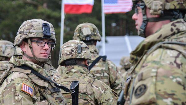 Prapor NATO v Ořiši - Sputnik Česká republika