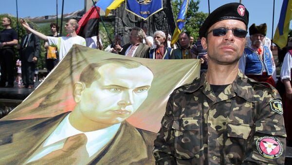Portrét Stepana Bandery na mítinku ve Lvově - Sputnik Česká republika