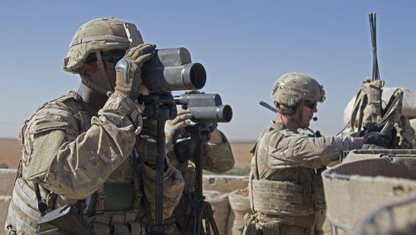 Američtí vojáci u Manbidže v Sýrii - Sputnik Česká republika