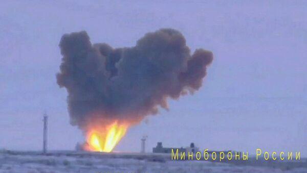 Zkouška rakety komplexu Avangard - Sputnik Česká republika