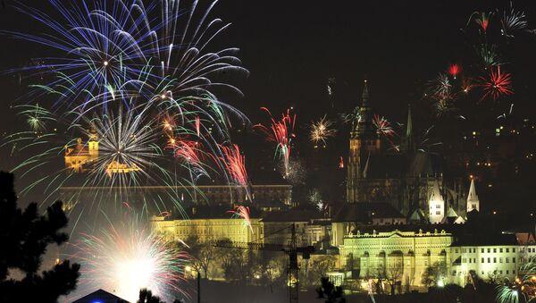 Novoroční ohňostroj nad Prahou, 2008 - Sputnik Česká republika