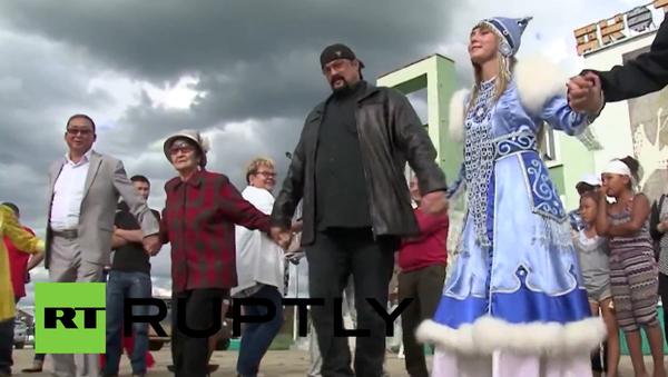 Steven Seagal v Jakutsku: jsem Rus - Sputnik Česká republika