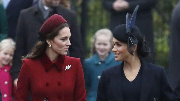 Kate Middleton a Meghan Markle - Sputnik Česká republika