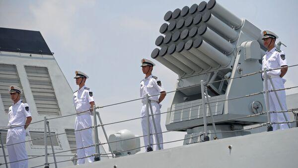Čínští námořníci na palubě lodě Wei Fang - Sputnik Česká republika