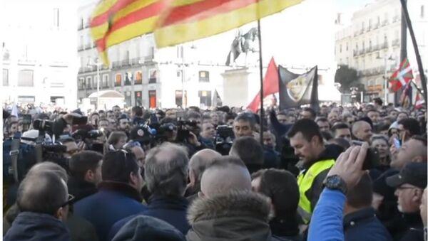 Ve Španělsku se ke stávce proti Uberu připojily tisíce taxikářů - Sputnik Česká republika