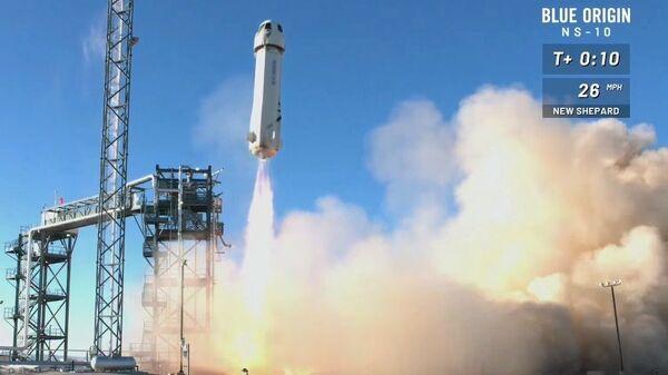 Blue Origin úspěšně otestoval zabijáka rakety Elona Muska - Sputnik Česká republika