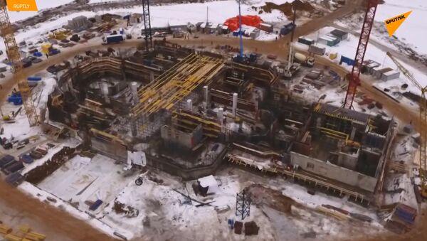 Dron zachytil výstavbu vojenské katedrály nedaleko Moskvy - Sputnik Česká republika