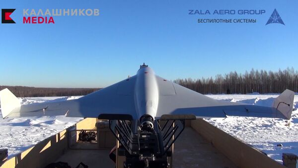 Bezpilotní dron-kamikaze KYB ruské společnosti Kalašnikov - Sputnik Česká republika