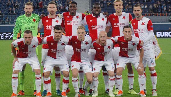 Hráči SK Slavia Praha před zápasem se Zenitem Petrohrad - Sputnik Česká republika