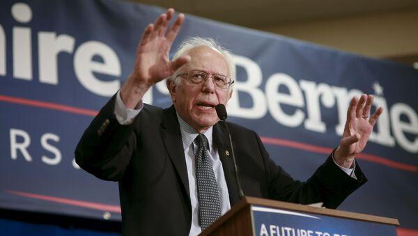 Americký politik Bernie Sanders - Sputnik Česká republika