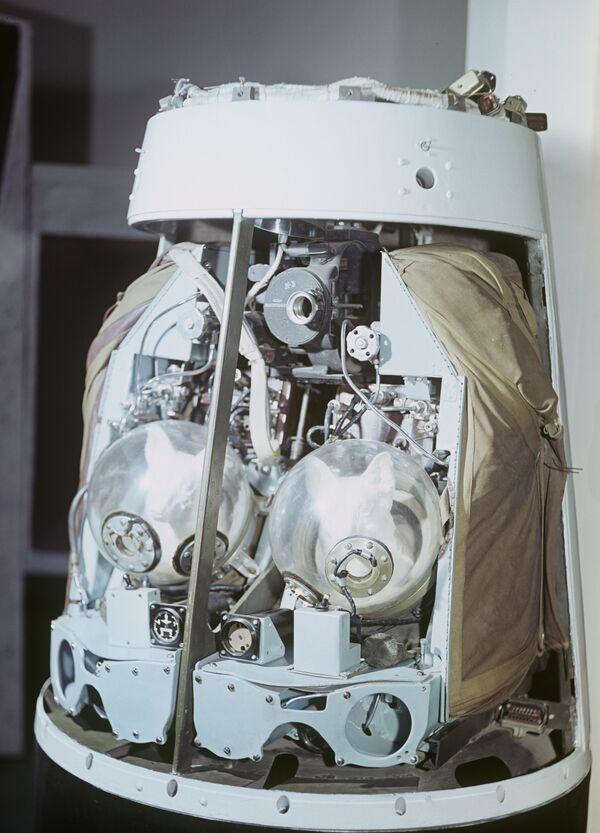 55 let kosmickému letu Bělky a Strelky - Sputnik Česká republika