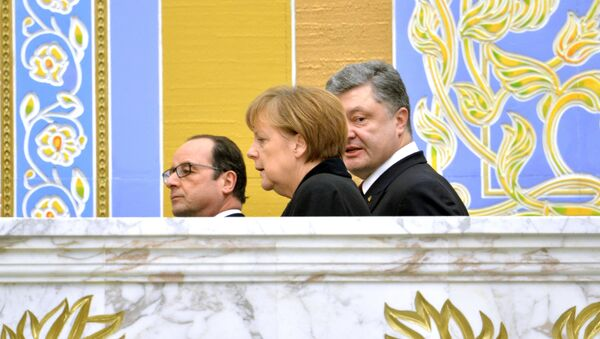 Petro Porošenko, Angela Merkelová a Francois Hollande - Sputnik Česká republika
