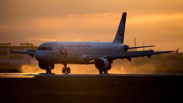Airbus A321 Ural Airlines. Archivní foto - Sputnik Česká republika
