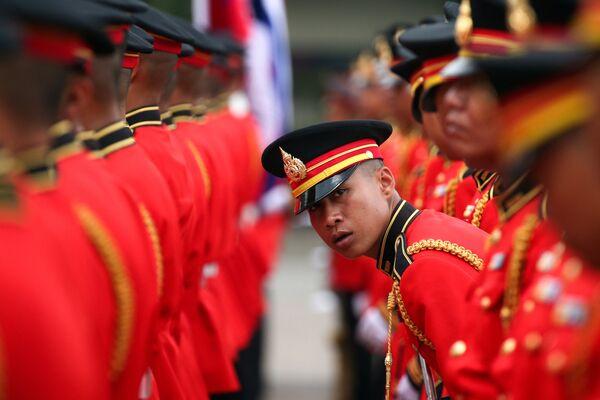Vojáci čestné stráže v hlavním sídle thajské armády v Bangkoku - Sputnik Česká republika