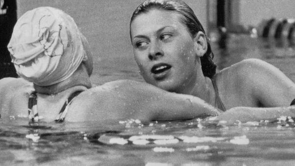 Majitelka stříbrné medaile z Olympiády 1980, britská plavkyně Sharon Daviesová  - Sputnik Česká republika
