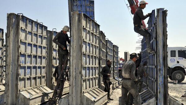 Turecko začalo stavět betonovou stěnu na hranici se Sýrií - Sputnik Česká republika